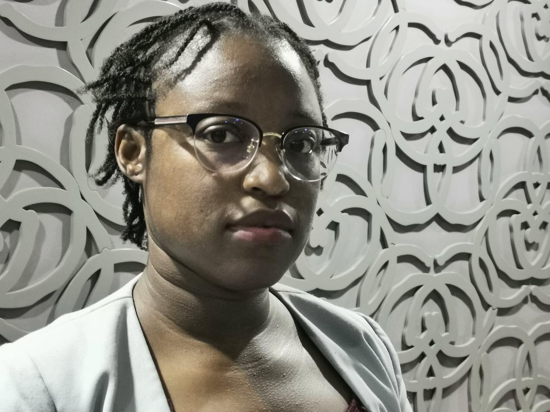 """Quitéria Guirengane, activista social e política moçambicana ligada ao movimento """"Nova Democracia""""."""
