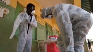 Depuis le début de la pandémie, 821 soignants ont été testés positifs au coronavirus au Nigeria.