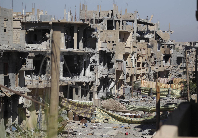 Cảnh đổ nát có thể thấy ở khắp Syria sau gần 3 năm nội chiến liên miên.
