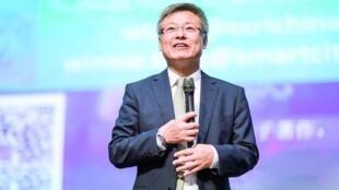 香港大学刘宁荣教授