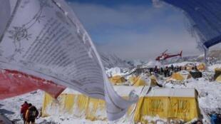 Entre los mil europeos que siguen desaparecidos, muchos estaban en la región del Himalaya practicando el montañismo.