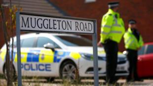 Polícia britânica referçou a segurança na cidade de Amesbury, depois que foi confirmado que duas pessoas haviam sido envenenadas no local com o agente neurotóxico Novichok, em 5 de julho de 2018.