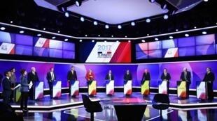 """Os onze candidatos presidenciais na emissão """"15 minutos para convencer""""."""