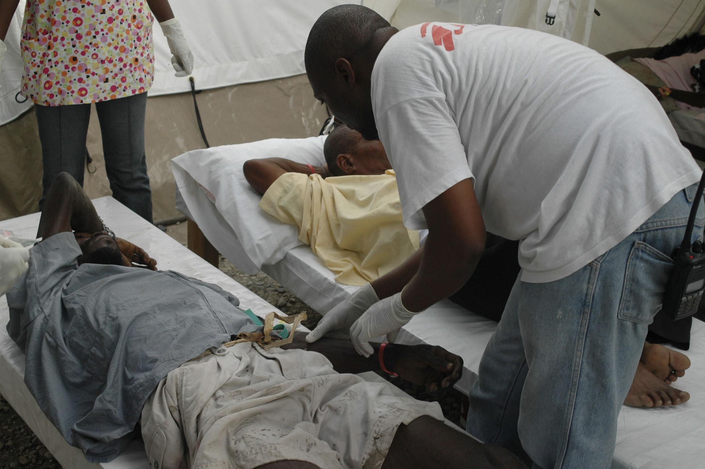 A epidemia de cólera já causou a morte de mais de 1100 haitianos.