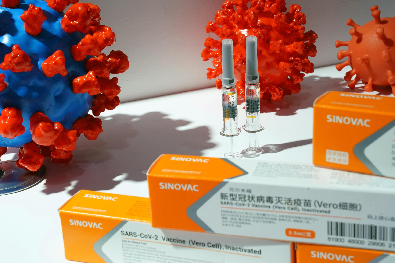 2020-09-16T013549Z_1818615401_RC2DZI9LZOTE_RTRMADP_3_HEALTH-CORONAVIRUS-CHINA-VACCINES
