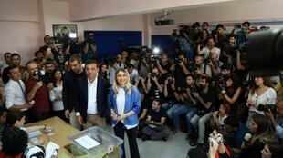 Ekrem Imamoglu: candidato favorita à camâra de Istambul.