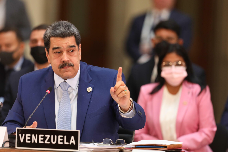 El presidente de Venezuela, Nicolás Maduro, habla ante la cumbre de la Comunidad de Estados Latinoamericanos y Caribeños (Celac), el 18 de septiembre de 2021 en el Palacio Nacional de Ciudd de México