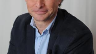 Thierry Wellhoff.