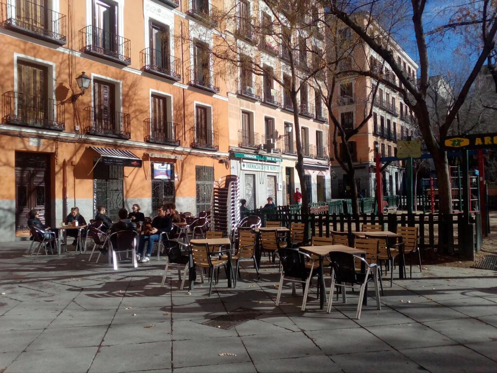 A Malasaña, à Madrid, les cafés branchés se multiplient.