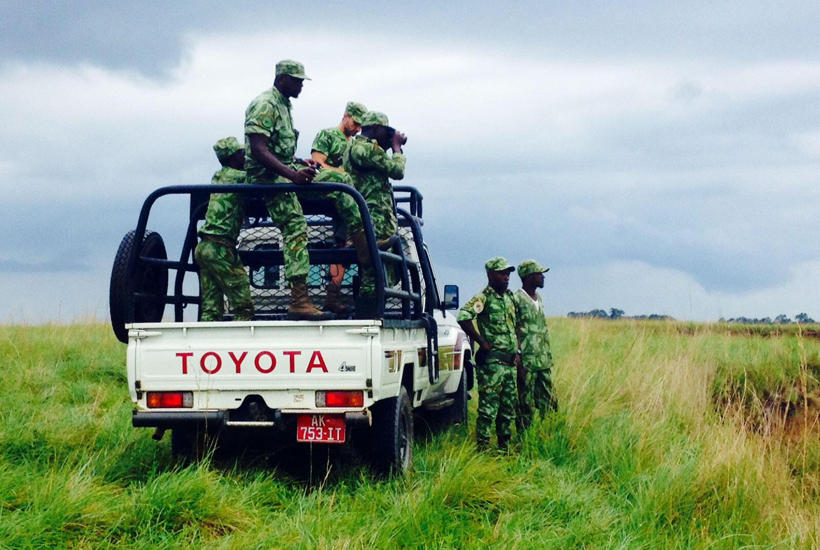 Les éco-gardes en patrouille.