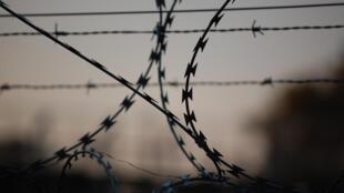 Prison - Barbelés - Générique - barbed-wire-765484