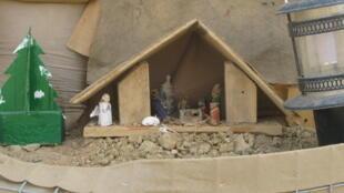 Au camp de Tessalit, la crèche de Noël des soldats français de l'opération Barkhane, au Mali.