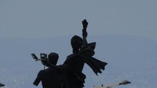 Criblée de balles, la Place des martyrs de Beyrouth reste le symbole de la guerre civile.