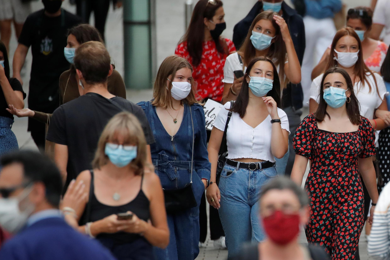 Desde meados de agosto, uso de máscaras contra a Covid-19 é obrigatório na França (24/08/2020)