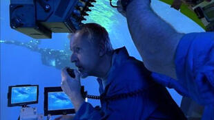 "James Cameron lors du tournage du film documentaire ""Aliens of the Deep"" qu'il a réalisé en 2005."