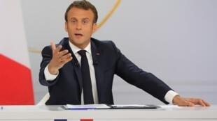 Tổng thống Pháp Emmanuel Macron trong cuộc họp báo tại điện Elysée, Paris, ngày 25/04/2019