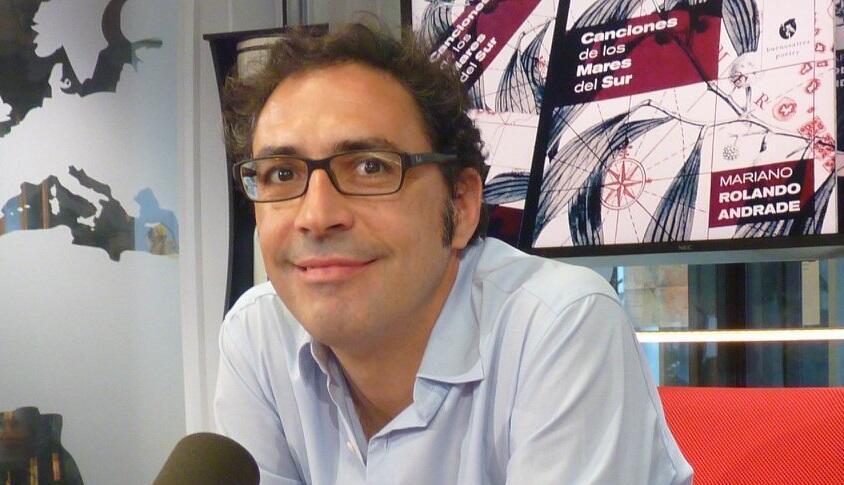 Mariano Rolando Andrade en los estudios de RFI