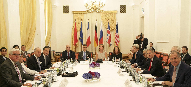 Negociadores discutem programa nuclear iraniano, em Viena