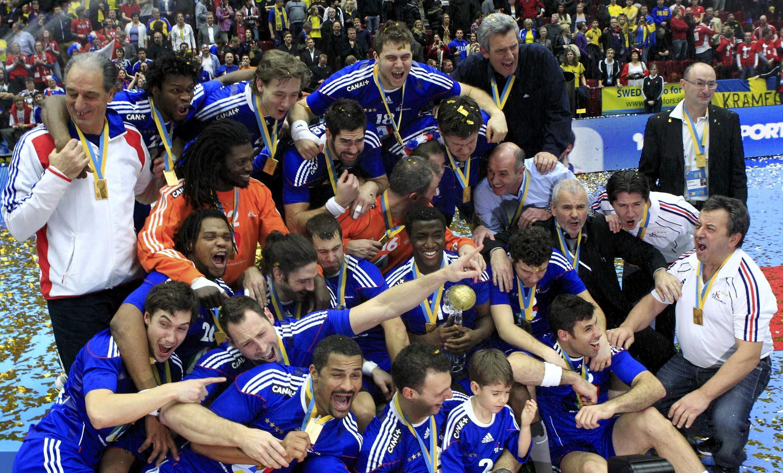 Les experts, surnom de la sélection française, fêtant leur quatrième titre mondial, le 1er février 2009.