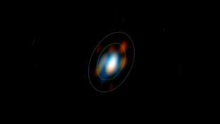 La sismologie stellaire permet de mesurer de très petites variations périodiques de luminosité des étoiles.