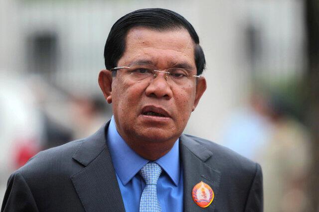 Thủ tướng Cam Bốt Hun Sen tại buổi kỷ niệm 65 năm thành lập đảng Nhân Dân Cam Bốt, Phnom Penh 28/06/2016.