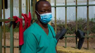 docteur guinée ebola