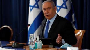 Le Premier ministre isréalien Benyamin Netanyahy, dans son cabinet à Jérusalem, le 28 juin 2020.