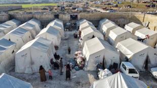 Um campo de deslocados em Idlib no noroeste da Síria onde a crise humanitária é grave segundo as Nações Unidas.