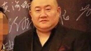 中国官方网络刊死刑逍遥仍成黑社会大佬孙小果照片