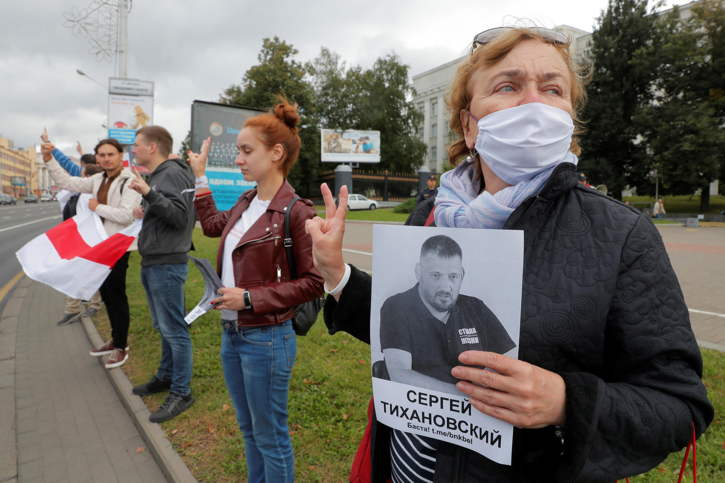 2020-08-27T110009Z_1690924614_RC2BMI9CY5MB_RTRMADP_3_BELARUS-ELECTION-PROTESTS