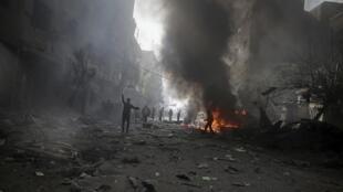 Пригород Дамаска после бомбардировки правительственными ВВС, 7 ноября 2015.