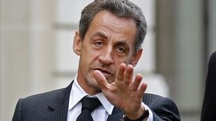 Nicolas Sarkozy has reportedly issued an ultimatum to Jean-François Copé and François Fillon to settle their dispute