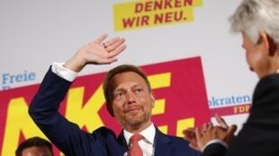 Christian Lindner le chef du FDP, parti ultra-libéral qui a doublé son score électoral en tenant un discours clairement anti-européen.