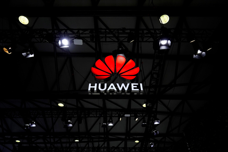 _3_INDIA-CHINA-HUAWEI