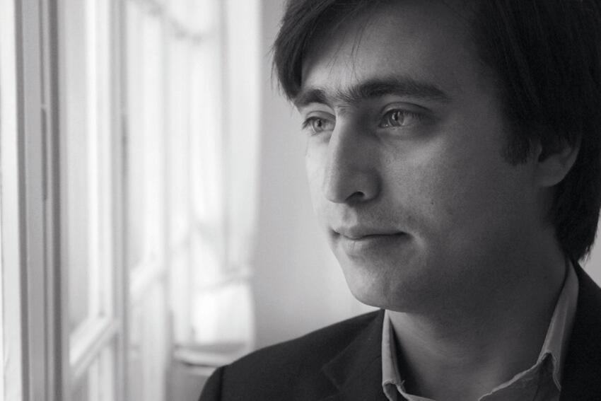 """Mortaza Jami, auteur du Livre """"Je savais qu'en Europe on ne tire pas sur les gens""""."""
