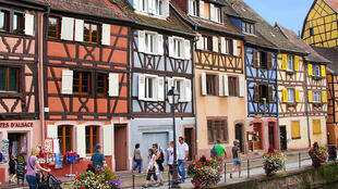 《中餐廳》第二季6月1日在法國科爾馬開拍;法國東北部阿爾薩斯的小鎮科爾馬外景