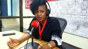Mwanadada Pam D anaetamba na wimbo wake Ngoma Droo katika studio za RFI Kiswahili