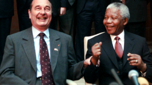 Former French president Jacques Chirac and Nelson Mandela in South Africa, 26 June 1998.