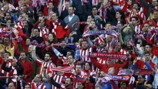 Les supporters de l'Atlético Madrid contre Chelsea, le 22 avril 2014.