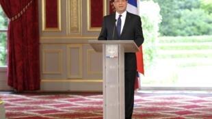 Le président François Hollande prononce son discours d'investiture au palais de l'Elysée, le 15 mai 2012.
