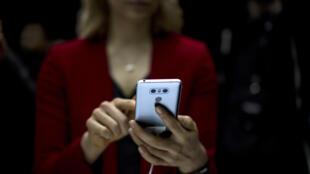 После введения новой оценки товаров покупатели должны серьезно сэкономить на смартфонах и прочей технике.