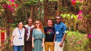 De gauche à droite : Pr Hakima Himmich, Dr Bintou Dembele, Caroline Paré, Nicolas Ritter et Yves Yomb.