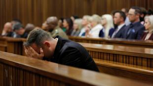 Оскар Писториус в суде в июне 2016 г.