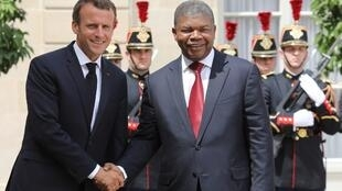 Presidente francês, Emmanuel Macron, e Presidente angolano, João Lourenço. Paris, 28 de Maio de 2018.