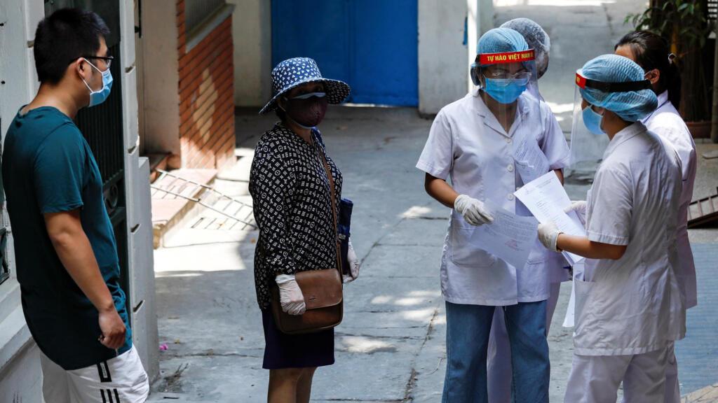 Covid-19 :  Việt Nam tăng cường các biện pháp ngăn chận dịch