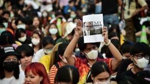 La «nouvelle génération» dans la rue à Bangkok, le 26 février 2020.