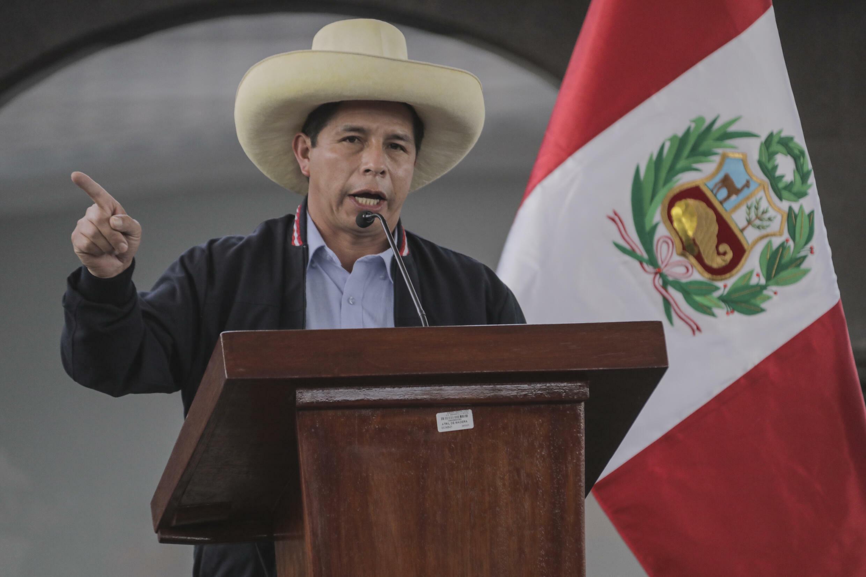 El presidente, Pedro Castillo, del partido Perú Libre, habla durante una ceremonia en Cusco, el 25 de junio de 2021 mientras era candidato de las elecciones presidenciales.