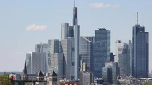 Rascacielos del distrito financiero de Fráncfort, en una imagen tomada el 30 de mayo de 2021 en la ciudad alemana