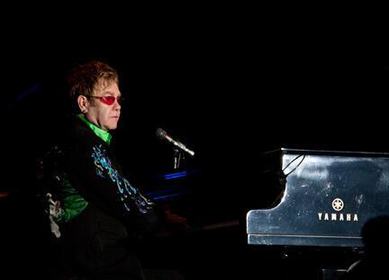 Elton John à Chichen Itza