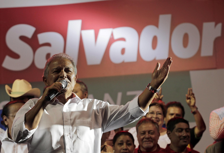 Salvador Sánchez Cerén durante las elecciones.